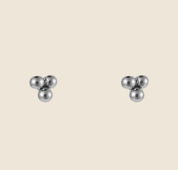 Dotted earstuds silver